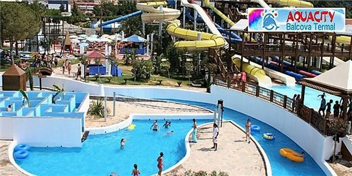 İzmir'in İlk ve Tek Aquaparkı Aquacity Balçova Termal'de Aquapark, Yüzme Havuzları ve Hamburger Menü