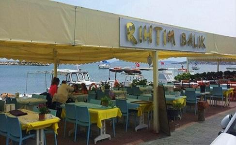 Çeşmealtı Rıhtım Restaurant Denize Sıfır Serpme Kahvaltı