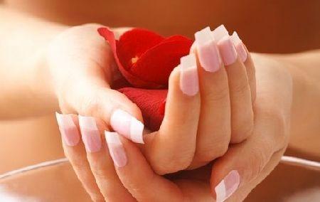 la bella güzellik protez tırnak